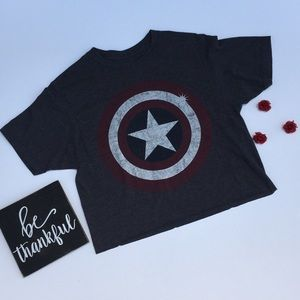 Marvel Captain America cropped tee size SMALL